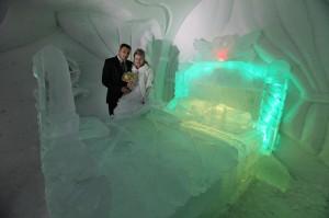 Ледяной ЗАГС в Кировске